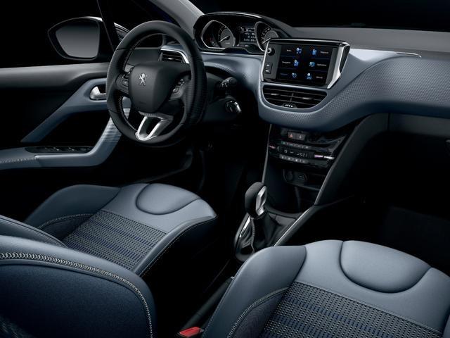 Peugeot 208 - interieur -  PEUGEOT i-Cockpit®