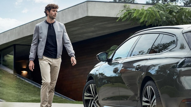 Nieuwe Peugeot 508 SW - Connected Services