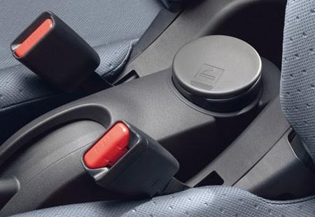 Peugeot iOn - veiligheidsgordels