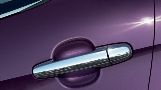 Peugeot 108 Allure - deurgrepen verchroomd