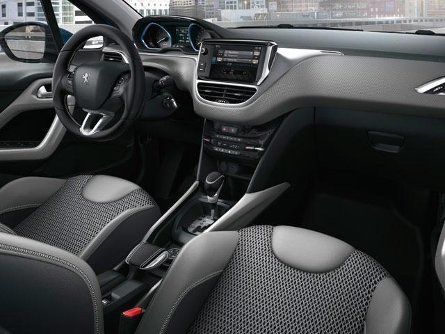 Peugeot 2008 SUV - PEUGEOT i-Cockpit®