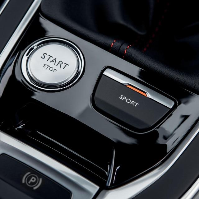 De nieuwe Peugeot 308 GTi by Peugeot Sport: Driver Sport Pack