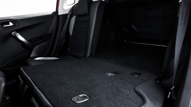 Peugeot 2008 SUV - functionele bagageruimte