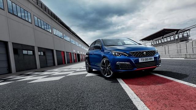 De nieuwe Peugeot 308 GTi by Peugeot Sport: Coupe Franche blauw/zwart statisch