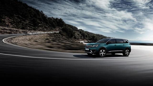 Nieuwe PEUGEOT 5008 SUV: Onberispelijke wegligging