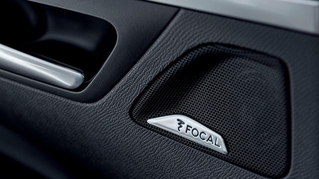 Nieuwe PEUGEOT 5008 SUV: Hifi-geluidsinstallatie