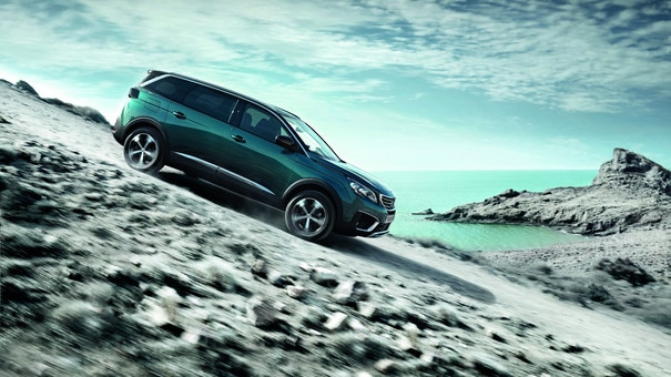 Nieuwe PEUGEOT 5008 SUV: Hill Assist Descent Control