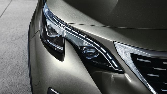 Voor de zakelijke rijder: Peugeot 5008 SUV Blue Lease