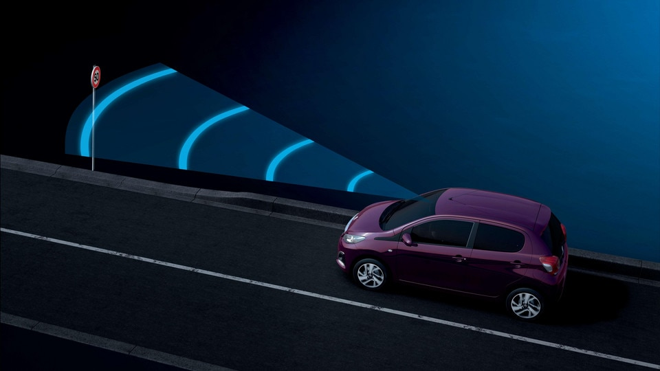 Peugeot 108 - Lane Departure Warning System