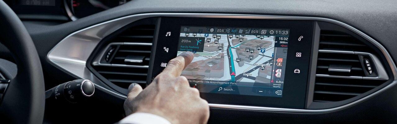 De nieuwe Peugeot 308 – Het nieuwe Connect 3D-navigatiesysteem met spraakbediening