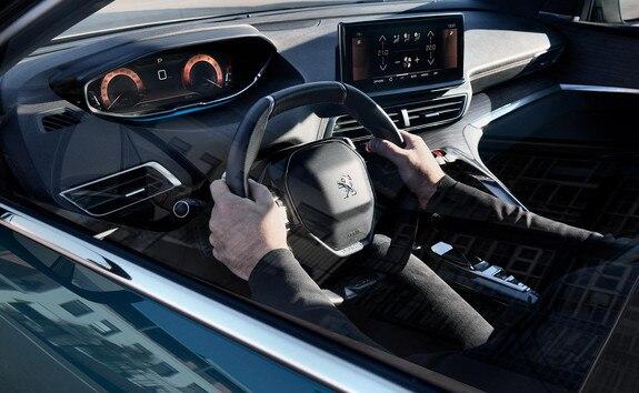 Nieuwe Peugeot 5008 SUV - De Bijzondere Ervaring Van De Peugeot I-Cockpit®