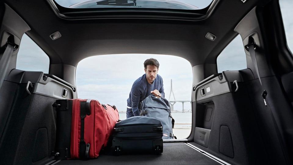 De nieuwe Peugeot 308 SW GT Line – Grote bagageruimte