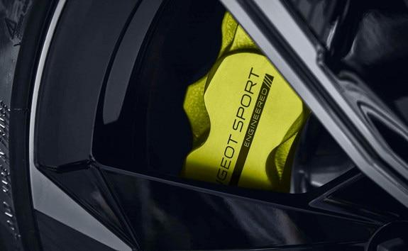 Nieuwe 508 PEUGEOT SPORT ENGINEERED: remklauwen in de kleur Kryptonite