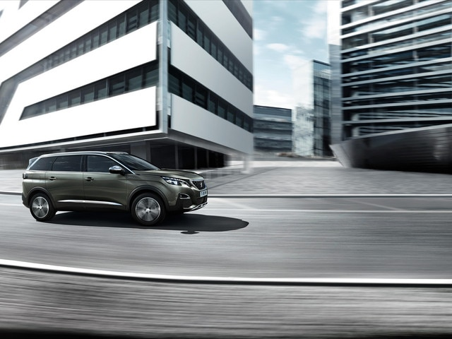 Elegant silhouet - Nieuwe PEUGEOT 5008 SUV GT