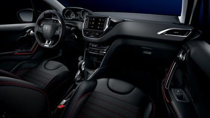 Peugeot 208 GT-Line - PEUGEOT i-Cockpit en een sportief en connectief interieur met een exclusieve uitstraling