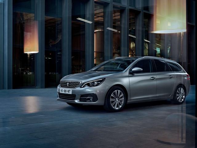 De nieuwe Peugeot 308 SW – Nieuwe voorzijde – Halogeenkoplampen