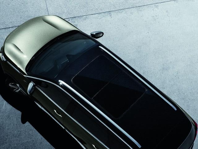 Panoramisch schuif-/kanteldak - Nieuwe PEUGEOT 5008 SUV GT