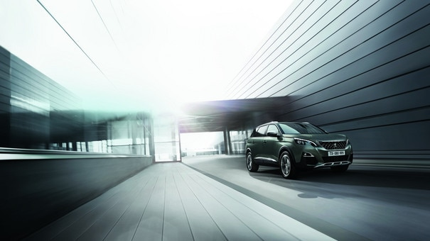 Grote 7-persoons MPV - Nieuwe PEUGEOT 5008 SUV GT