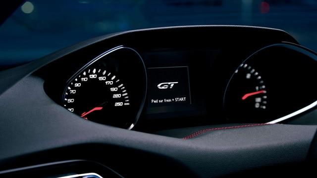 DE NIEUWE PEUGEOT 308 SW GT – Instrumentenpaneel met welkomstboodschap GT