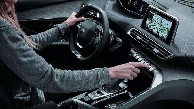 Intuïtieve functionaliteiten - Nieuwe PEUGEOT 5008 SUV GT