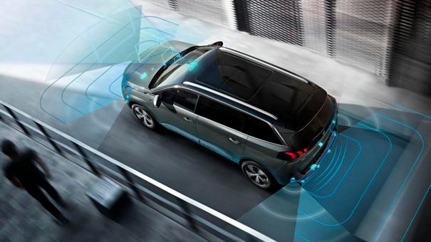 360°-achteruitrijcamera Visiopark 2 en actieve parkeerhulp - Nieuwe PEUGEOT 5008 SUV GT
