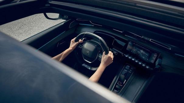Nieuwe Peugeot 508 Berline, schuif-/kanteldak met groot glasoppervlak
