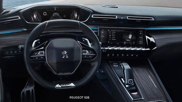 Nieuwe Peugeot 508 Berline, PEUGEOT i-Cockpit® met head-up instrumentenpaneel en compact