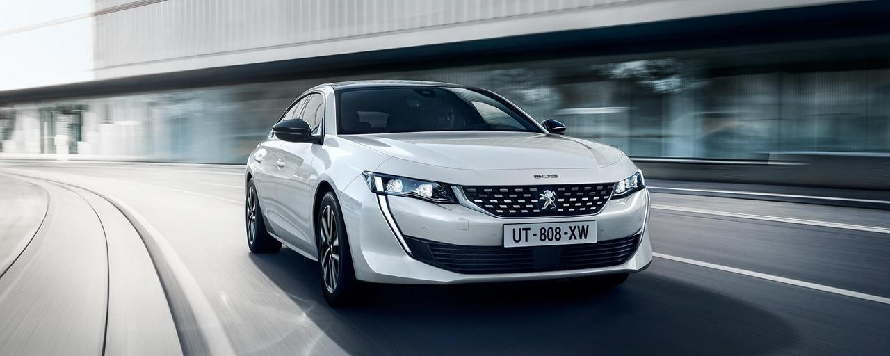 Nieuwe Peugeot 508 HYBRID, de Grande Berline met plug-in hybride-aandrijflijn