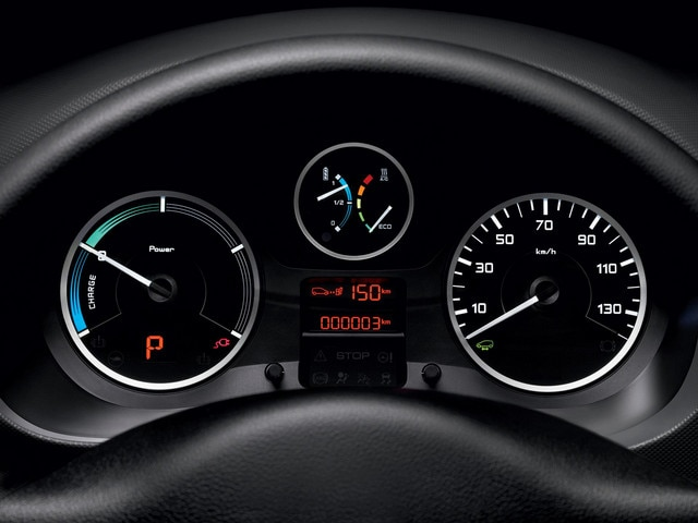 /image/32/3/peugeot-partnerelectric-homepage-06.262323.jpg
