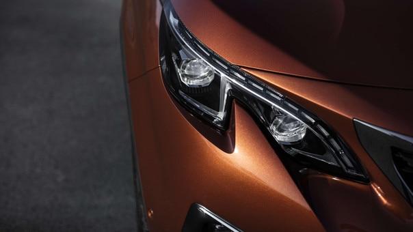 Peugeot 3008 SUV HYBRID4: led-koplamp