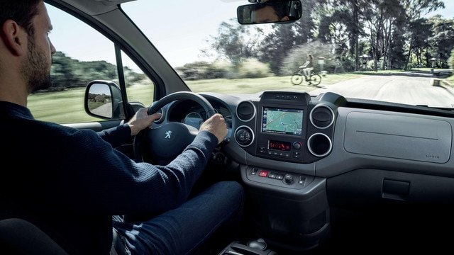 Peugeot Partner Tepee Electric - Interieur dashboard