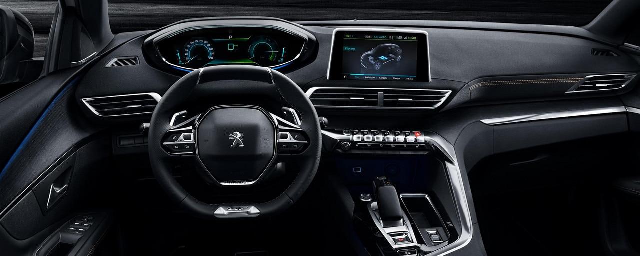 Peugeot 3008 SUV HYBRID4: i-Cockpit®