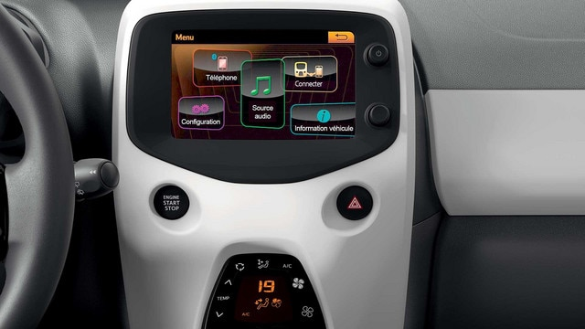 Peugeot 108 - touch screen