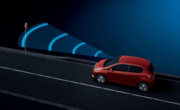 Peugeot 108 – Verkeersbordherkenning