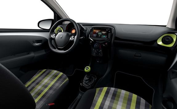 """Peugeot 108 – Bekleding """"Ambiance"""" Vert"""