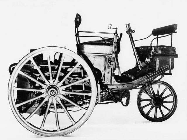 Peugeot - Historie - 1889 - stoomauto met drie wielen