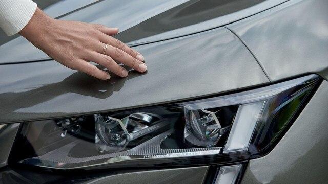 Nieuwe Peugeot 508 SW, nieuwe, voor het merk PEUGEOT kenmerkende lichtsignatuur, Full led-koplampen met automatische hoogteverstelling