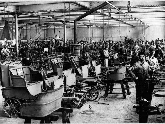 Peugeot - Historie - 1897 - automobielfabriek in Audincourt, Doubs