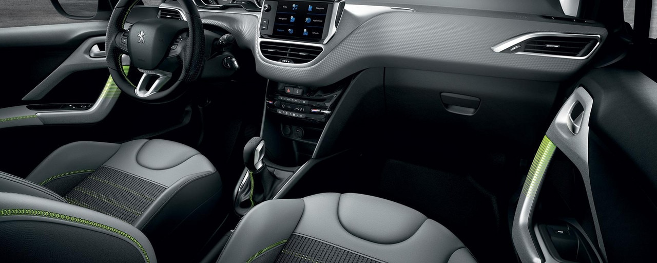 Peugeot 208 5 deurs interieurdesign en uitrusting for Interieur peugeot 208