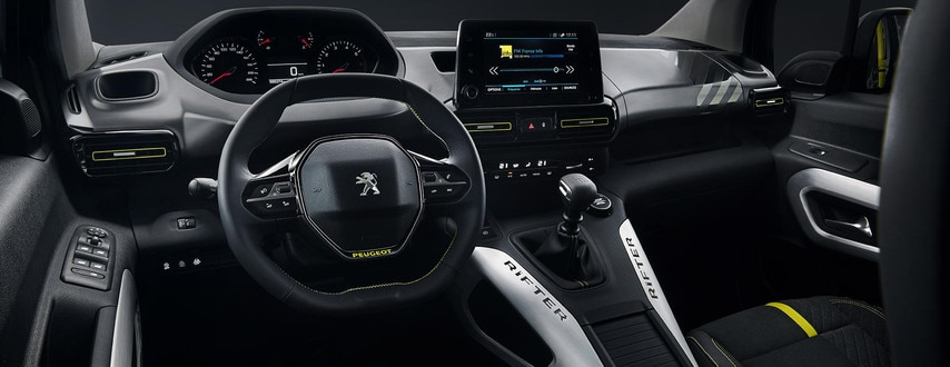 PEUGEOT RIFTER 4x4 CONCEPT – Een ruim interieur met de Peugeot i-Cockpit®