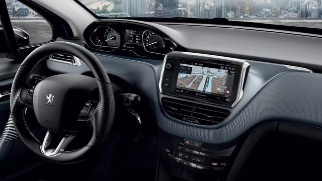 De compacte Peugeot 208 5-deurs - Connect 3D-navigatiesysteem