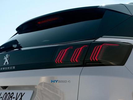 Nieuwe Peugeot 3008 SUV HYbrid -  HYbrid badges