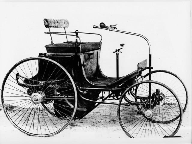 Peugeot - Historie - 1890 - Type 2 - Daimler benzinemotor