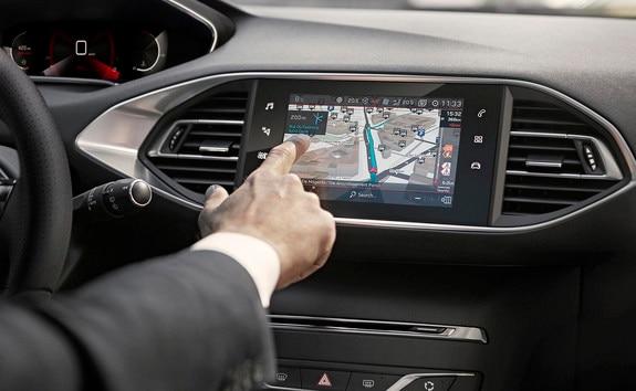 PEUGEOT 308: capacitief touchscreen met nieuw glanzend uiterlijk