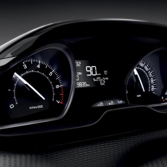 De compacte Peugeot 208 5-deurs - dashboardpaneel