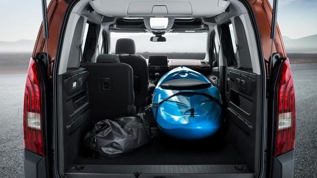 NIEUWE PEUGEOT RIFTER – flexibel in te delen bagageruimte