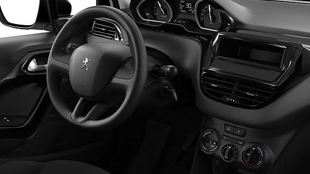 Peugeot 208 Access - interieur