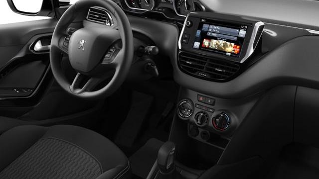 Peugeot 208 Active - interieur