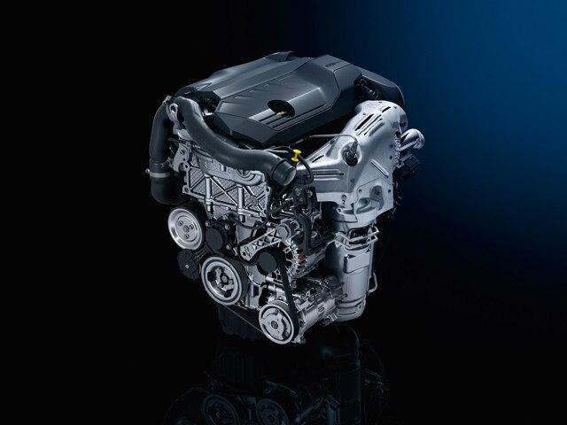 Nieuwe PEUGEOT 508 Berline, PureTech- en BlueHDi-motoren van de nieuwste generatie