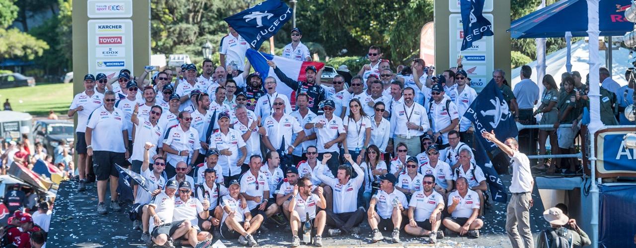 Peugeot wint Le Dakar 2016